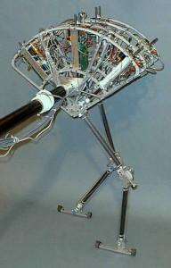 robot flamingo bacağı